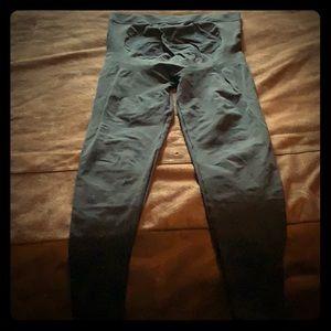 Blanqi maternity support leggings- size medium.